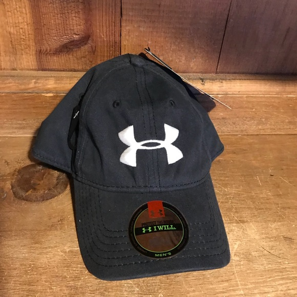 fca837a5d98 Under Armour Accessories